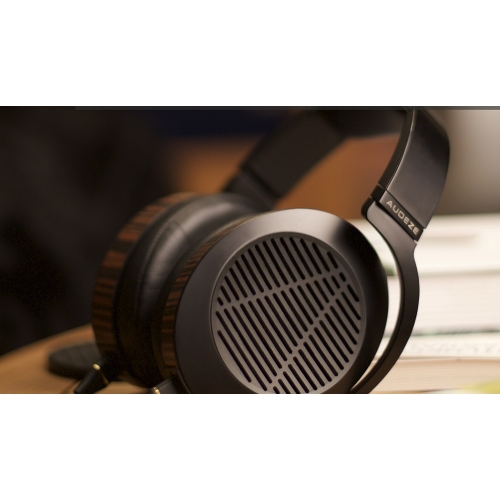 Audeze EL-8 Open-Back Headphone (Display Model)