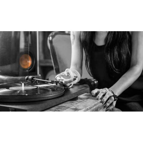 Klipsch Reference Turntable (Pro-Ject Primary)