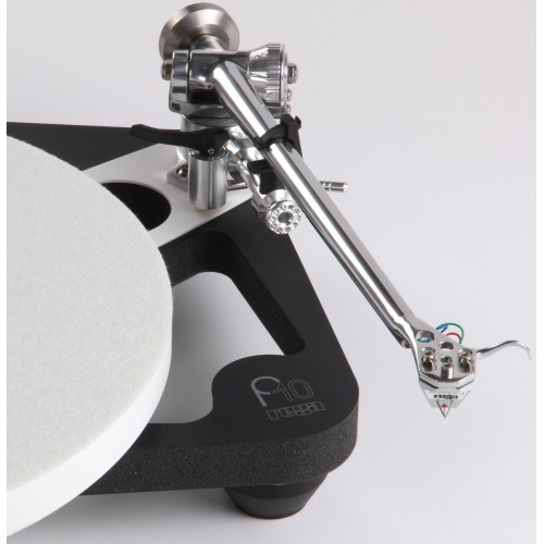 Rega Planar 10 Turntable with Aphelion 2 MC Cartridge and P10 PSU