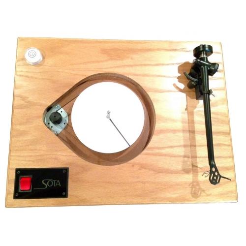SOTA COMET Turntable in Natural Oak