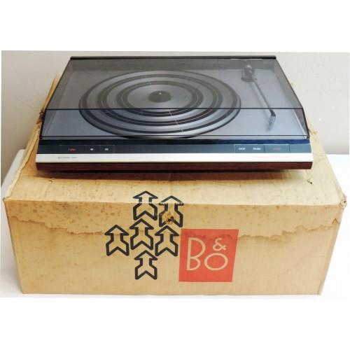 Bang & Olufsen B&O Beogram 3404 Vintage Turntable with MMC 20EN Cartridge
