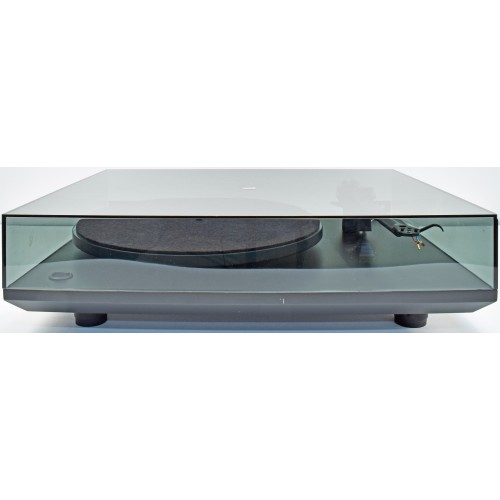 Rega P3 (2000) Planar 3 Turntable with RB300 tonearm