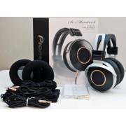 Pioneer SE-Monitor5 Hi-Res Enclosed Dynamic Audiophile Headphones