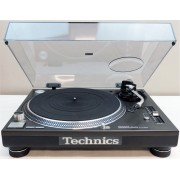 Technics SL-1210 Mk5 Direct-Drive Turntable with Dust Cover